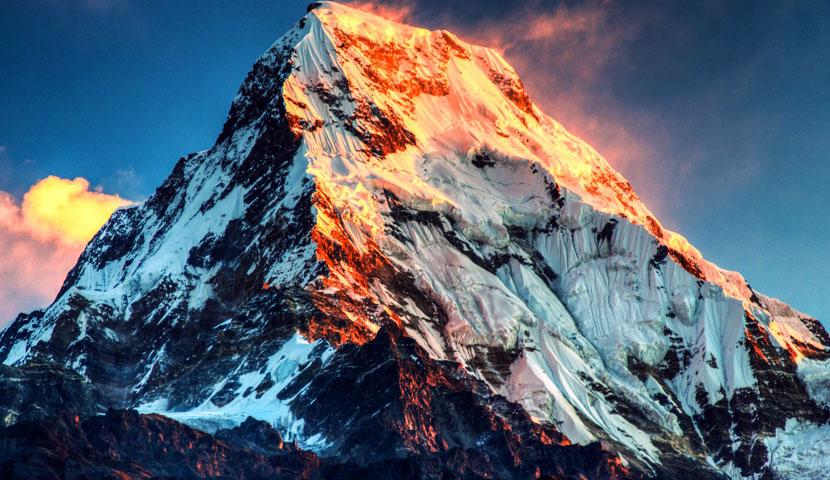 قله اورست بلندترین کوه زمین با تصاویر با کیفیت و جذاب