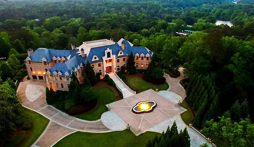 Luxe mansion in Atlanta