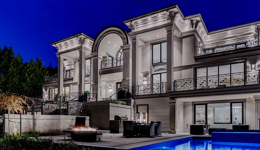 Mansion in west Vancouver