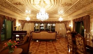 Emirate luxury decoration in Las Vegas